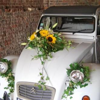 Canlı Çiçeklerle Gelin Arabası Süslemesi