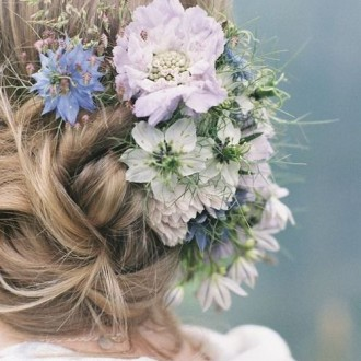Çiçekli Gelin Saçları