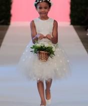Oscar De La Renta Çocuklar İçin Gelinlik Modelleri
